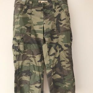 Gap Surplus Camo Capris